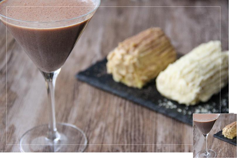 Whisky'ed cocoa cocktail and christmas log cake