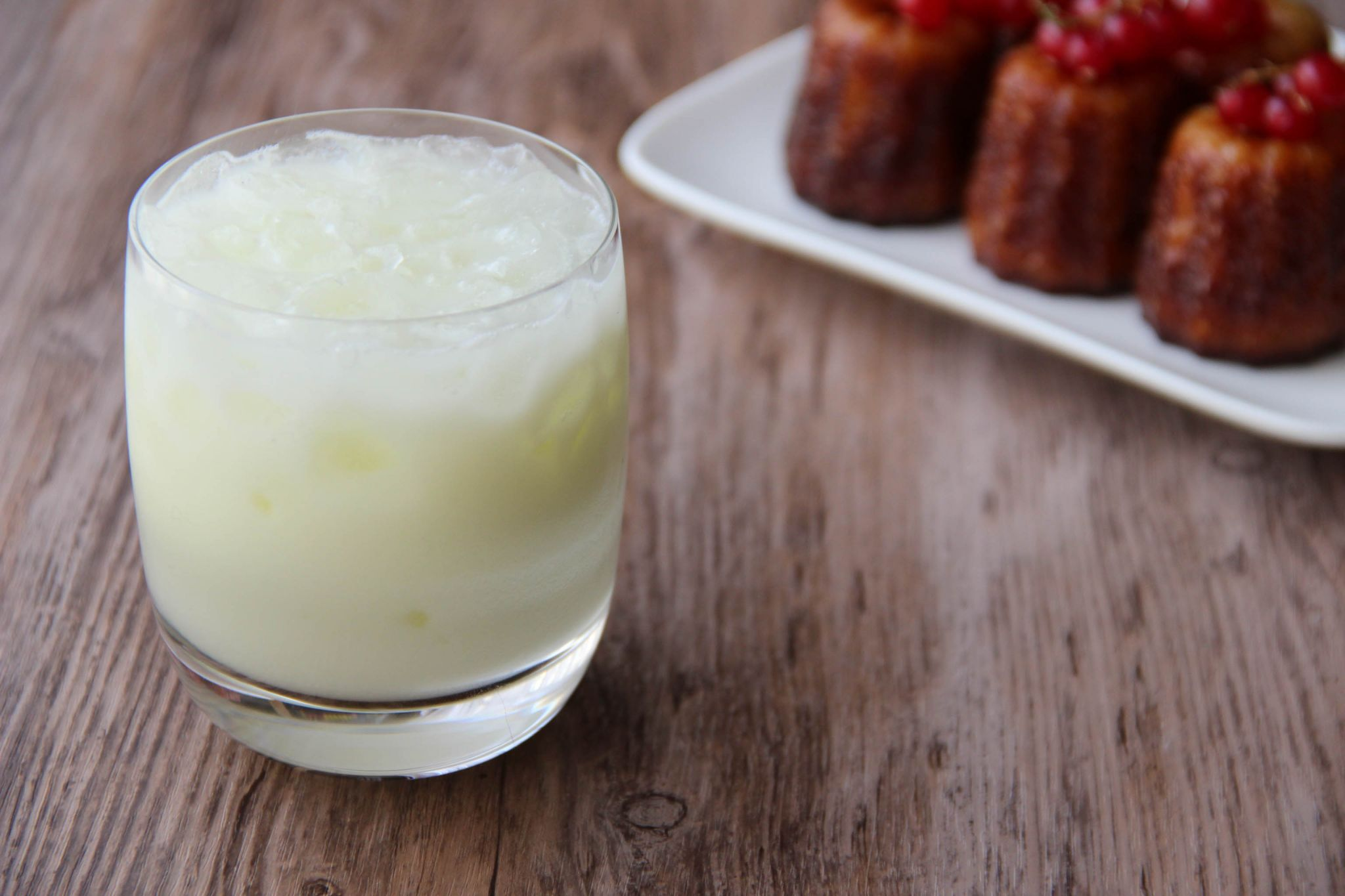 Swiss absinthe cocktail and cannelés